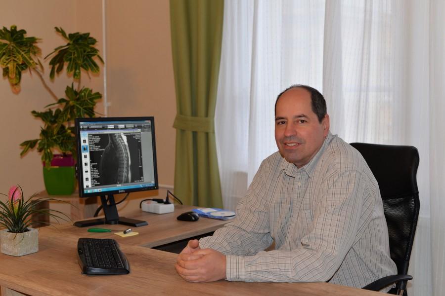 Dr. Padányi Csaba